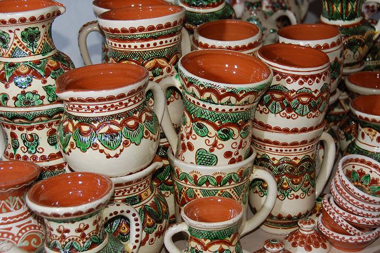 Традиционная роспись по керамике